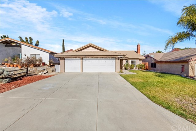 Photo of 22764 Canyon Lake Drive, Canyon Lake, CA 92587