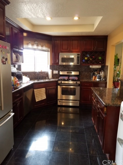 Single Family Home for Sale at 5809 Canehill Avenue Lakewood, California 90713 United States
