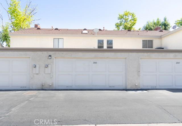 2043 S June Place, Anaheim CA: http://media.crmls.org/medias/4f3a0b2a-13dc-4f4d-b11b-85b00ee301a3.jpg
