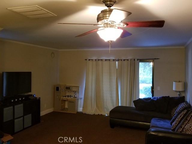 167 Tangelo, Irvine CA: http://media.crmls.org/medias/4f3f6201-621c-4e79-850b-9b2c8b96c608.jpg