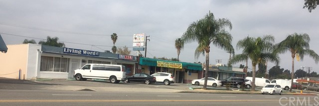 657 Glendora Avenue, La Puente CA: http://media.crmls.org/medias/4f4725f2-7df9-4613-b053-b7b03b305b49.jpg