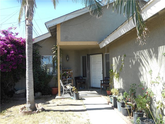 2302 Stanford Street, Santa Ana, CA, 92704