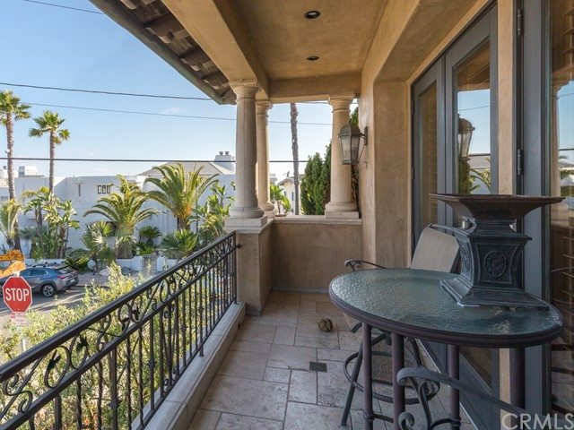 2104 Circle Dr, Hermosa Beach, CA 90254 photo 22