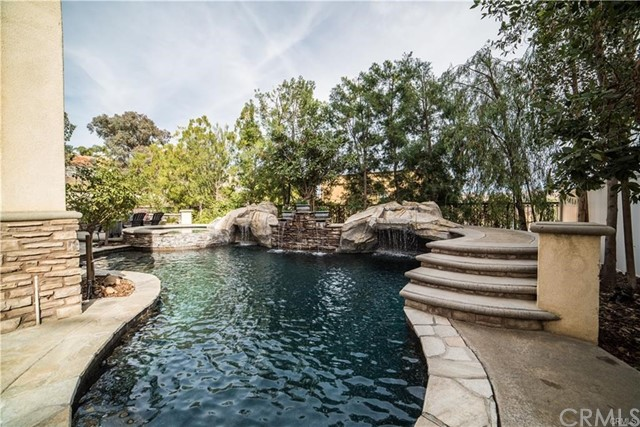 28871 Yosemite Place, Canyon Lake CA: http://media.crmls.org/medias/4f589ce9-2b9a-45d9-9b56-15bb042108a9.jpg
