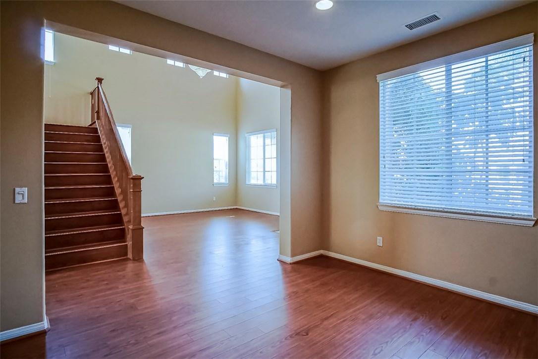 29011 Horner Lane, Highland CA: http://media.crmls.org/medias/4f61d6df-1225-45c9-97f8-d33fb4767ec9.jpg