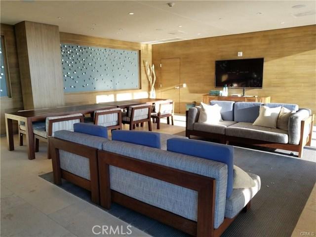1755 Ocean Avenue, Santa Monica CA: http://media.crmls.org/medias/4f6743bb-1701-4ea0-9e4e-a9b74c74d463.jpg