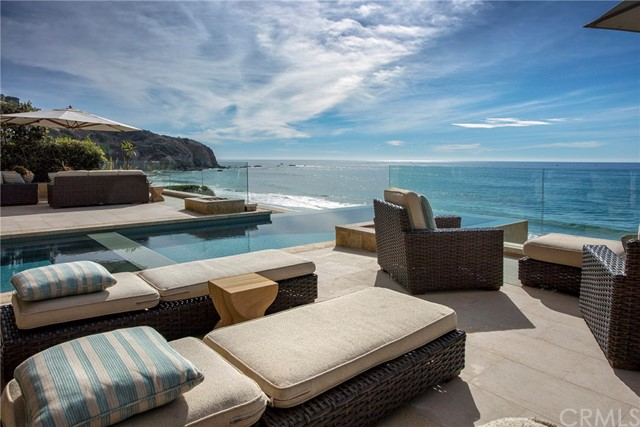 Single Family Home for Sale at 33 Strand Beach Drive Dana Point, 92629 United States