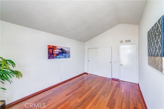 1750 Baronet Place, Fullerton CA: http://media.crmls.org/medias/4f6ad7b6-e804-4f95-902d-48a3b889615c.jpg