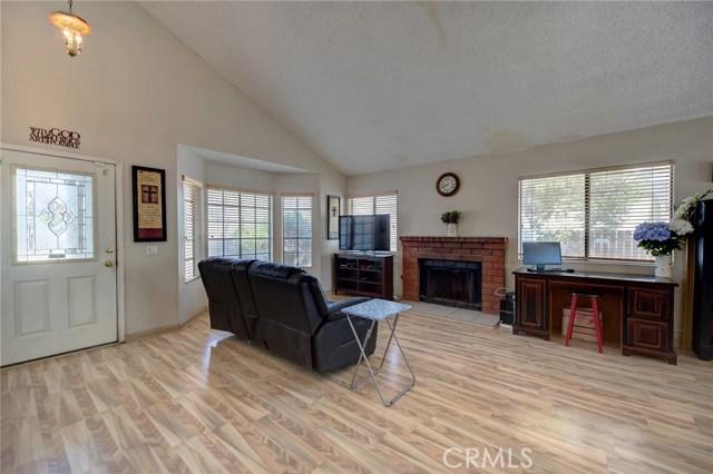 8373 9th Street, Rancho Cucamonga CA: http://media.crmls.org/medias/4f6d2cff-5746-49f6-81aa-56264a2da23e.jpg