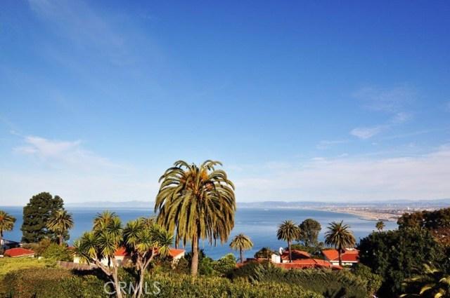 904 Via Nogales, Palos Verdes Estates CA: http://media.crmls.org/medias/4f902eb9-3582-4743-82bd-f127db1b285f.jpg