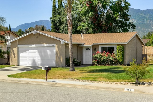 Single Family Home for Sale at 1590 Tumbleweed Way San Bernardino, California 92407 United States