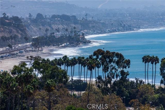 25142 Oceanknoll, Dana Point CA: http://media.crmls.org/medias/4fa20dbb-f671-4a32-9f7a-b75d7aa0e059.jpg