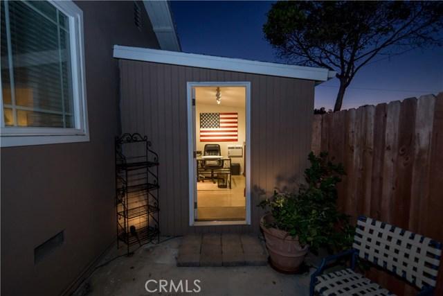 2390 Fordham Drive, Costa Mesa CA: http://media.crmls.org/medias/4fa425ad-8888-4296-8ba7-ee5de741aba4.jpg