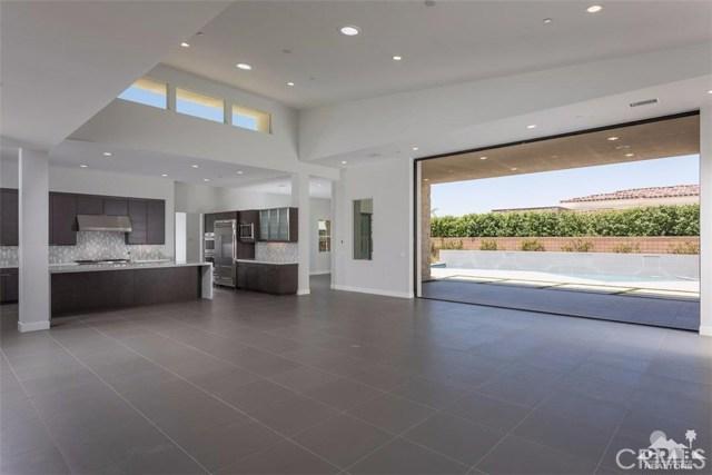 16 Sapphire Lane, Rancho Mirage CA: http://media.crmls.org/medias/4fa54802-f7f6-4d3c-8ef9-39b5bc5548fb.jpg