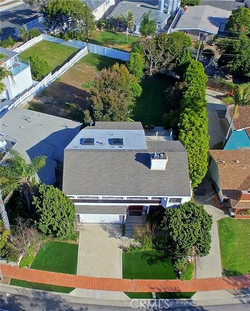 211 W Avenida Valencia, San Clemente CA: http://media.crmls.org/medias/4fb3300f-deb8-4bbd-b5da-47c7394f651a.jpg