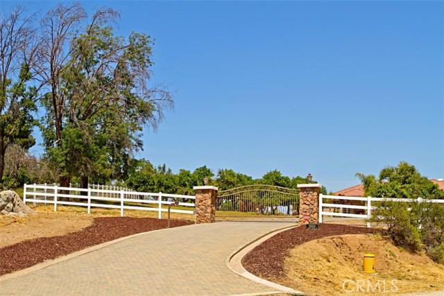 38050 Camino Sierra Road  Temecula CA 92592