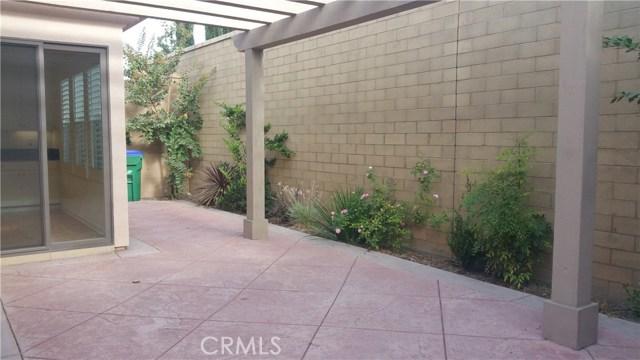 87 Wildvine, Irvine, CA 92620 Photo 2
