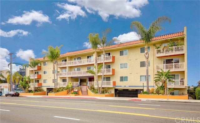1707 Pacific Coast 402 Hermosa Beach CA 90254