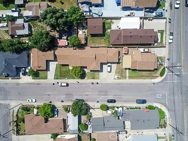 16156 Central Avenue, La Puente CA: http://media.crmls.org/medias/4feda23f-4c4c-4d32-be8e-17570d49343f.jpg