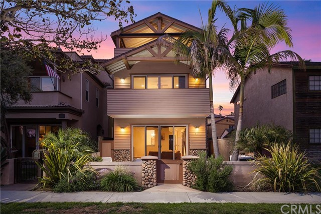 Single Family Home for Sale at 619 12th St Huntington Beach, California 92648 United States