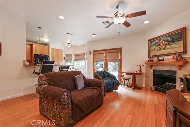 10943 Cord Avenue, Downey CA: http://media.crmls.org/medias/5025e4f4-98f2-4e36-b4c0-f983caa7e05b.jpg