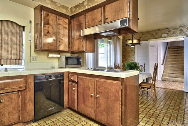 1200 Northwood Avenue, Brea CA: http://media.crmls.org/medias/502751b1-c825-4ff7-beea-c04b40bdca60.jpg