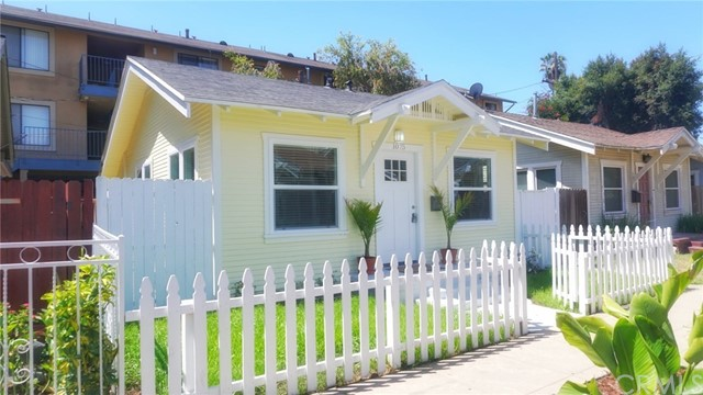 1075 Coronado Avenue, Long Beach, CA, 90804