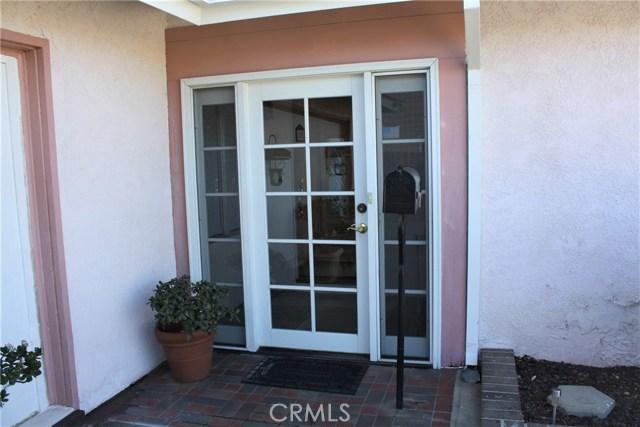 5980 Kitty Hawk Drive, Riverside CA: http://media.crmls.org/medias/5033a4bc-5cd2-417e-ade4-bbc60636c116.jpg