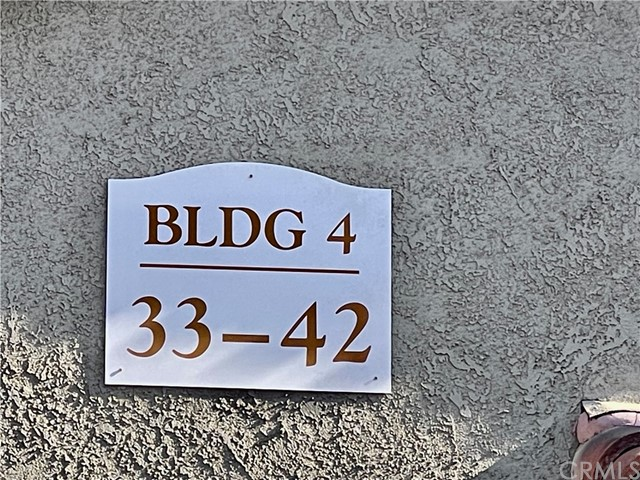 200 E Alessandro Boulevard, Riverside CA: http://media.crmls.org/medias/5034eee1-2a8c-4b19-bd81-f0032cd1de57.jpg