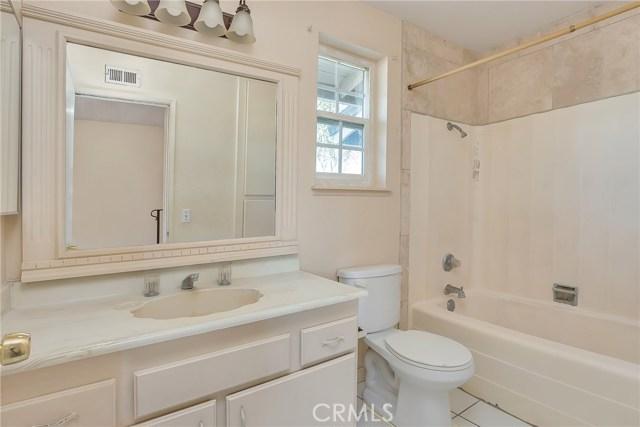 13304 Netzley Place, Chino CA: http://media.crmls.org/medias/50478c8c-b74f-4123-926b-4c2f949dcb06.jpg