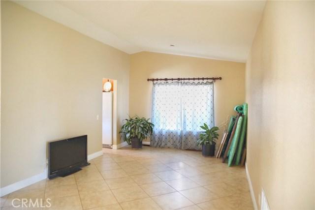 15524 Ramona Avenue Fontana, CA 92336 - MLS #: IV18233136