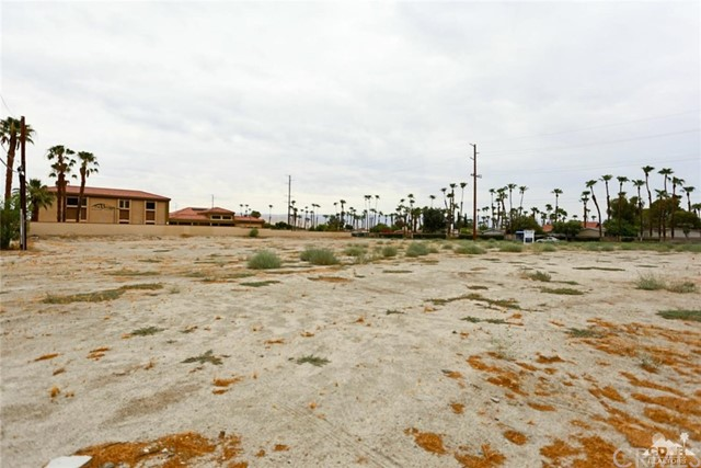 Additional photo for property listing at Date Palm Date Palm Cathedral City, California 92234 United States