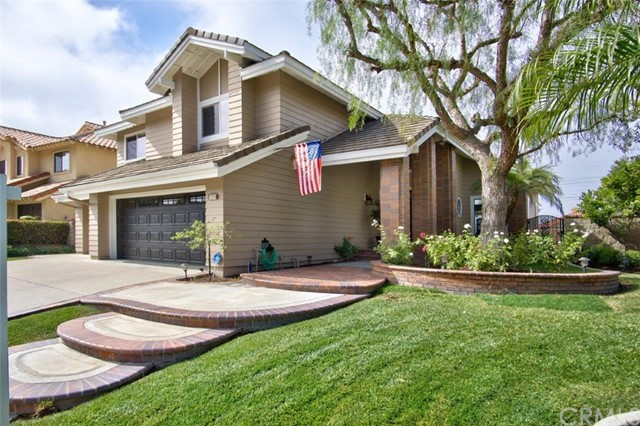 Single Family Home for Sale at 22391 Willow Tree Mission Viejo, California 92692 United States