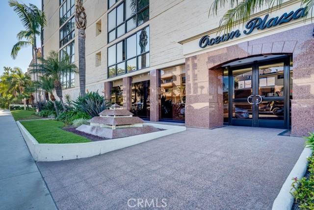531 Esplanade, Redondo Beach CA: http://media.crmls.org/medias/505d2cff-ff43-4fe1-bcf3-96436884446a.jpg