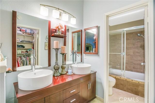 829 S Amber Lane, Anaheim Hills CA: http://media.crmls.org/medias/50640d6f-b2b7-47fb-aa2d-155f68171c44.jpg