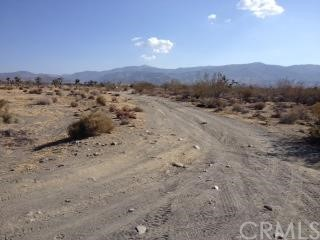 Single Family for Sale at 2525 Goss Road Pinon Hills, California 92372 United States