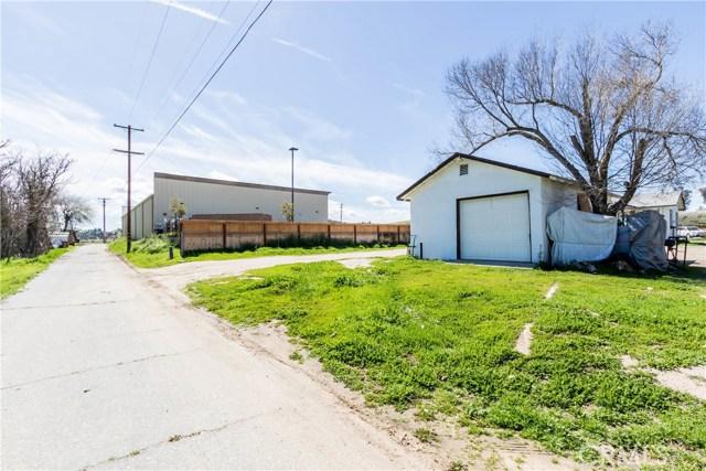 976 K Street, San Miguel CA: http://media.crmls.org/medias/5070487b-efbf-442e-bd69-e9699a2fabe3.jpg