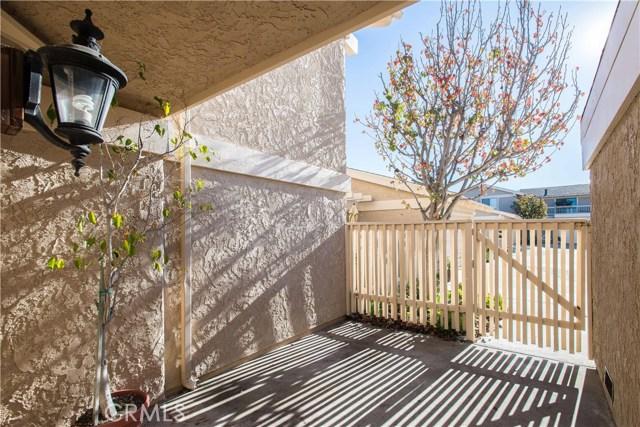 704 E AVENIDA MAGDALENA, San Clemente CA: http://media.crmls.org/medias/50715ea5-28e6-4c20-b034-68452c59d5df.jpg