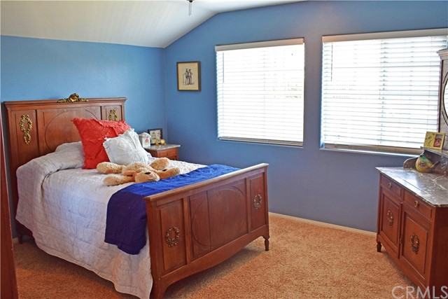 40414 Orchard Place, Cherry Valley, CA 92223, photo 9