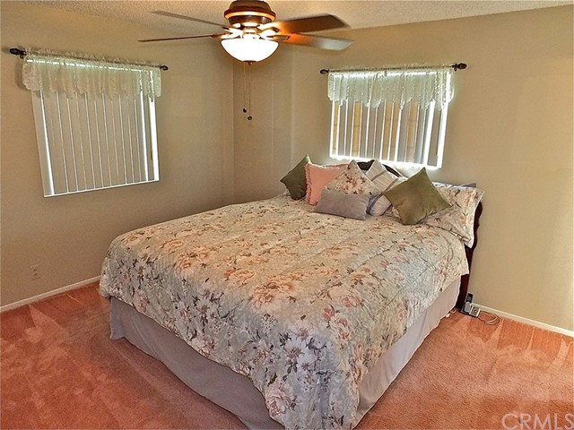 562 E Kenbridge Drive, Carson CA: http://media.crmls.org/medias/50a875e2-0017-4d92-8187-f0351e9ebec2.jpg