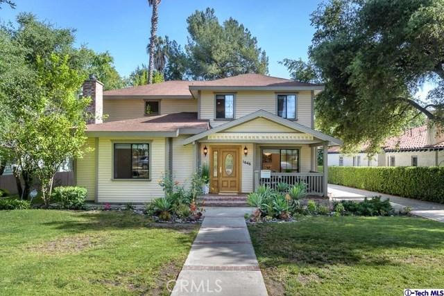 Single Family Home for Sale at 1646 Glorietta Avenue Glendale, California 91208 United States
