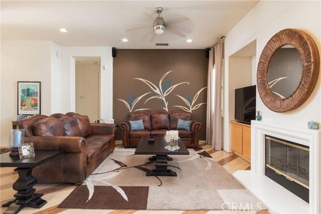846 W Cromwell Street, Rialto CA: http://media.crmls.org/medias/50b2d60d-676b-4cd9-9f27-56291f0f80b0.jpg