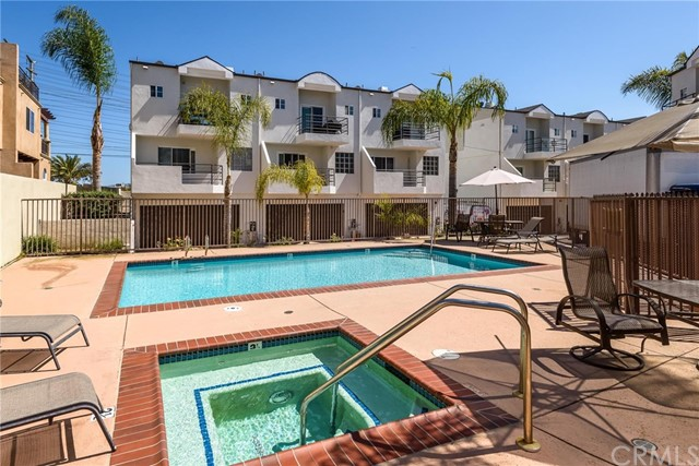 540 1st St 6, Hermosa Beach, CA 90254 photo 9