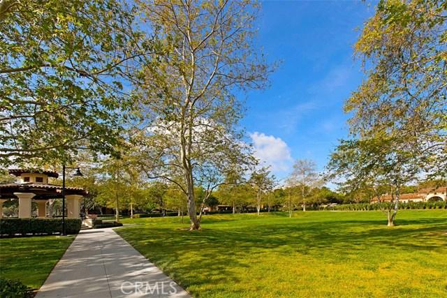 61 Windchime, Irvine CA: http://media.crmls.org/medias/50bfb34a-1869-46c8-a7be-34010121b928.jpg