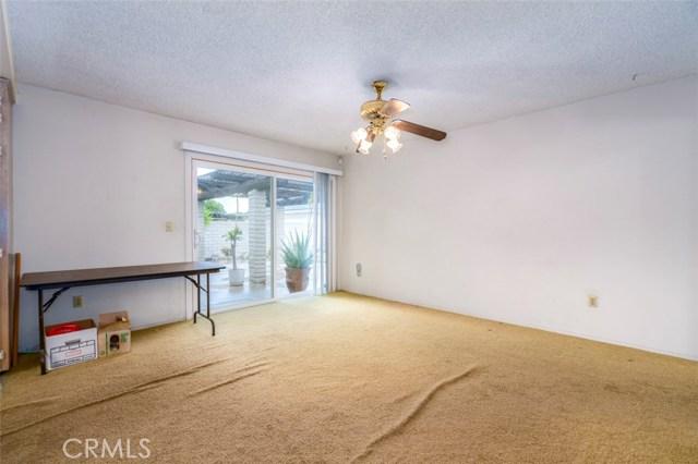 7533 Leucite Avenue, Rancho Cucamonga CA: http://media.crmls.org/medias/50e5759c-3d70-4310-ad9a-24658f837d19.jpg