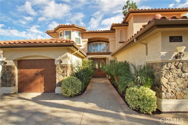 Casa Unifamiliar por un Venta en 23030 Gray Fox Drive Canyon Lake, California 92587 Estados Unidos