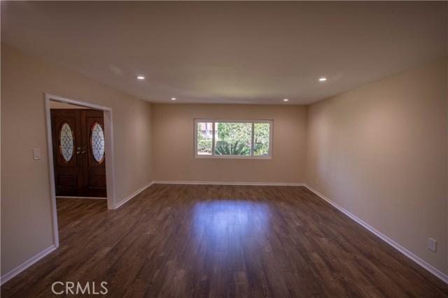 10230 Brookshire Avenue, Downey CA: http://media.crmls.org/medias/50edaff7-5b19-43ad-a116-998795ecac26.jpg