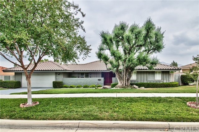 1535 Via Tioga Riverside, CA 92506 is listed for sale as MLS Listing IV17104766