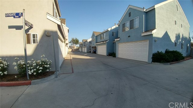 13328 Citicourt Lane, Whittier CA: http://media.crmls.org/medias/50f45979-8c79-4e8c-8830-2456f1377f41.jpg