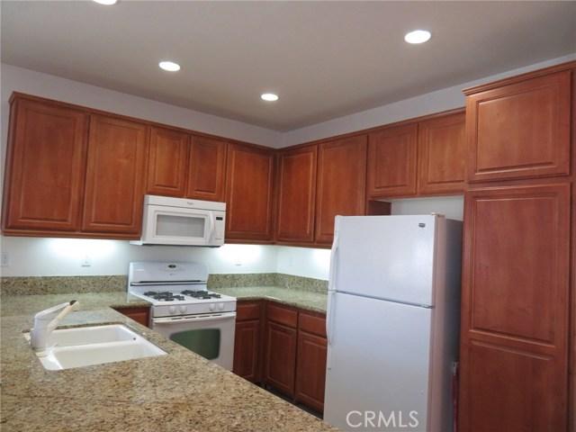 403 Palm Avenue, San Jacinto CA: http://media.crmls.org/medias/510511e1-9144-40a6-982e-4c98e6f197b8.jpg